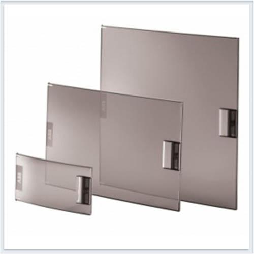 ABB Mistral41 Дверь прозрачная 12м- 1SPE007717F9918