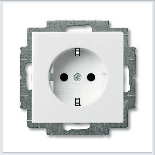 Розетка с/з белая ABB Basic 55 2011-0-3855