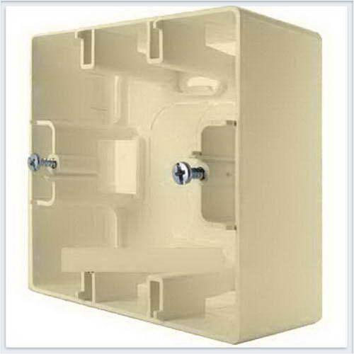 Коробка для накладного монтаж 1-ая кремовая Legrand Etika 672520
