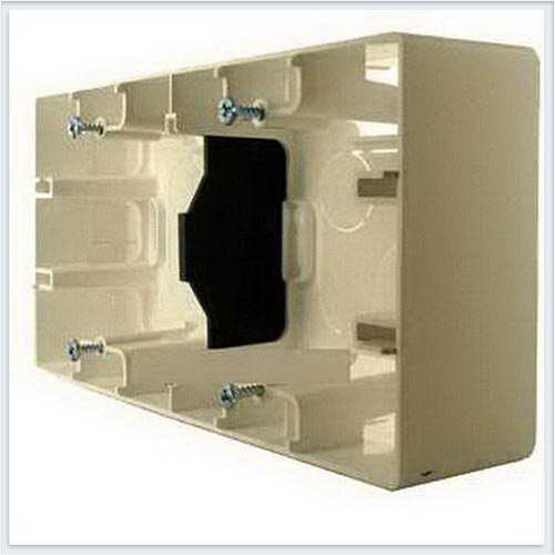 Коробка для накладного монтаж 2-ая кремовая Legrand Etika 672540
