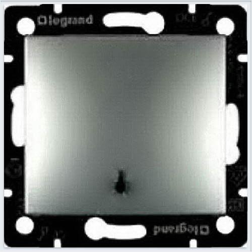Кнопка с пиктограммой лампы Алюминий Legrand Valena 770112