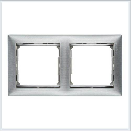 Рамка 2-я матовый алюминий Legrand Valena 770332