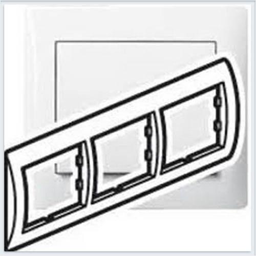 Рамка 3-я горизонтальная Legrand Galea Life Белый 771003
