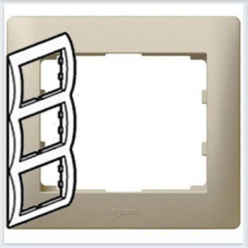 Рамка 3-я вертикальная Legrand Galea Life Титан 771407