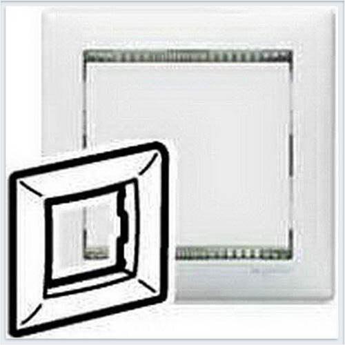 Рамка 1-ая белый-кристалл Legrand Valena 774461