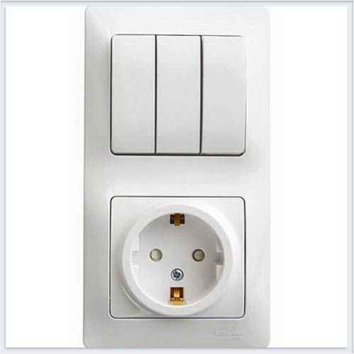 Блок: розетка с заземлением со шторками и 3-кл. выключатель Glossa Белый GSL000178