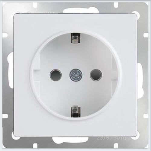 Werkel WL01-SKGS-01-IP44 Розетка с заземлением и шторками белая