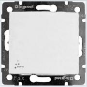 Переключатель 1-клавишный IP44 Белый Legrand Valena 774206