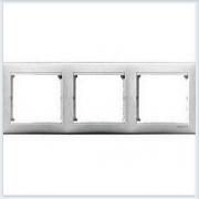 Рамка 3-ая белая Legrand Valena 774453