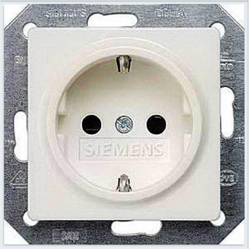 Siemens i-system Розетка 2P+E с защитой от детей титановобелый - 5UB1518