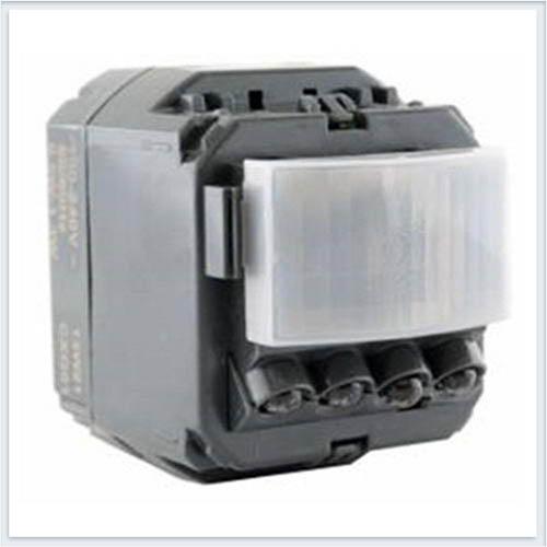 Датчик движения 400Вт с нейтралью трехпроводной Legrand Celiane 67025