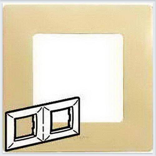 Рамка 2-ая кремовая Legrand Etika 672512