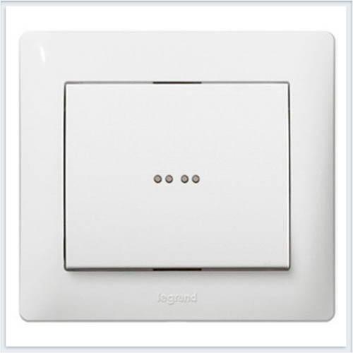 Клавиша 1-ая c точечной подсветкой Legrand Galea Life Белый 771034
