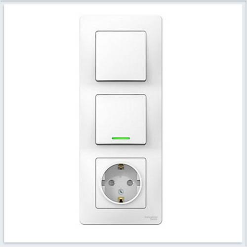 Blanca Белый Блок:Розетка з/к шт 16А, 250В + выкл 1кл.с подсветкой + выкл 1кл.