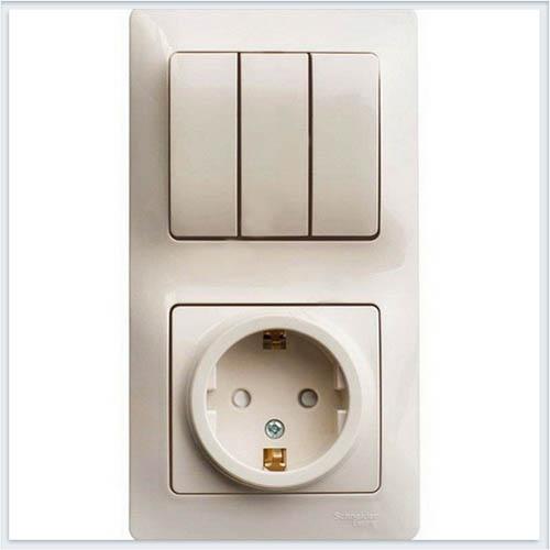 Блок: розетка с заземлением со шторками и 3-кл. выключатель Glossa Бежевый GSL000278