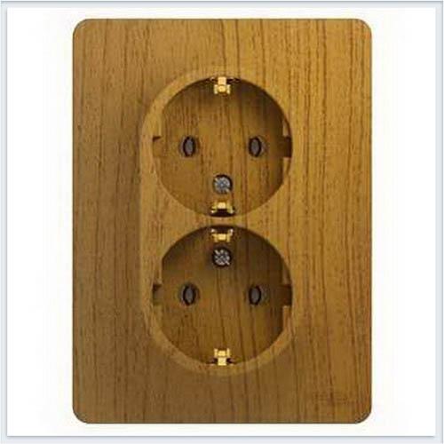 Розетка 2-я с заземлением со шторками (в сборе с рамкой) Дерево Дуб GSL000526