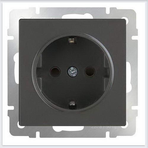 Розетка с заземлением и шторками (серо-коричневый) Werkel (Веркель) - WL07-SKGS-01-IP44
